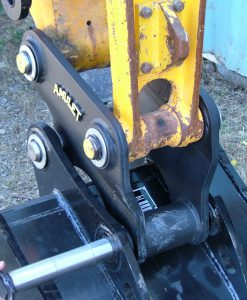 Mini Hitch Coupler for Mini Excavators AMUL-MiniHitch